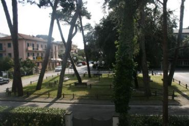 Apartment with a great location to rent in Forte dei Marmi